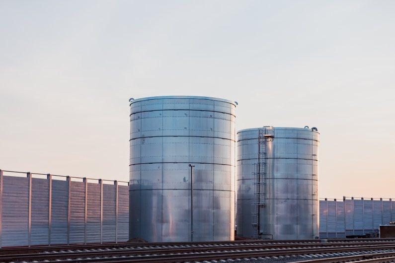 Como Funciona a Higienização de Reservatório para Indústrias?