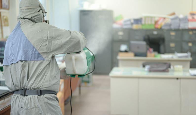 Sanitização para escritórios: contrate e proteja os seus colaboradores