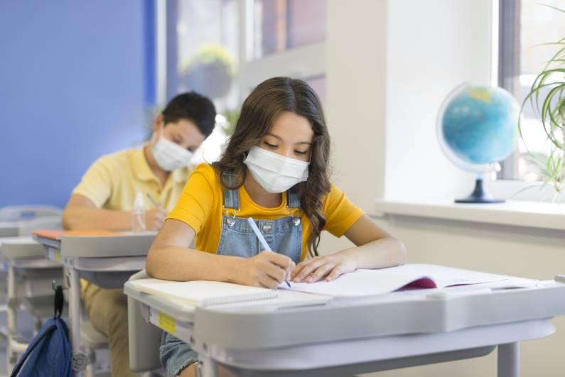 Volta às aulas: quais são as recomendações do governo para a reabertura das instituições de ensino?