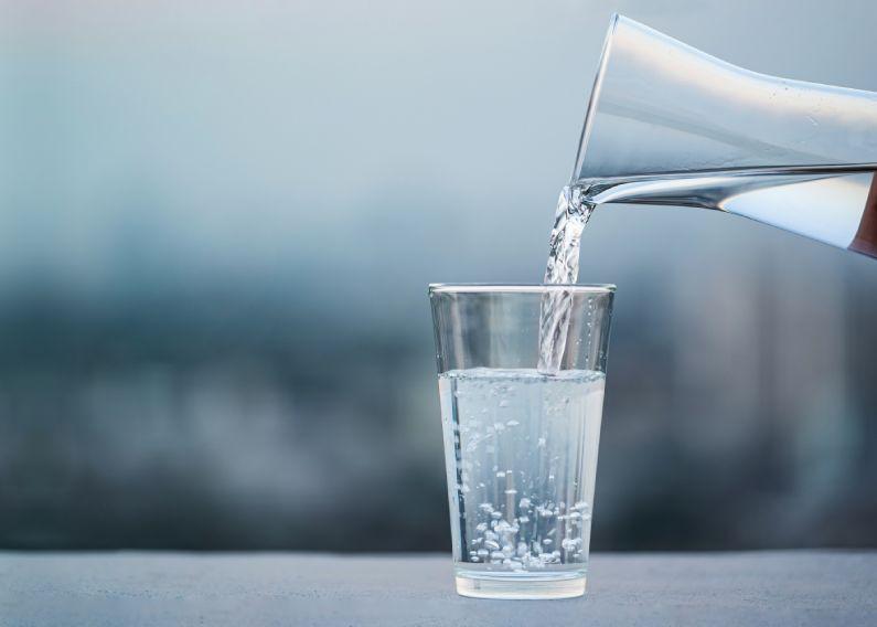 Qual é a época mais adequada para efetuar a limpeza de caixa d'água?
